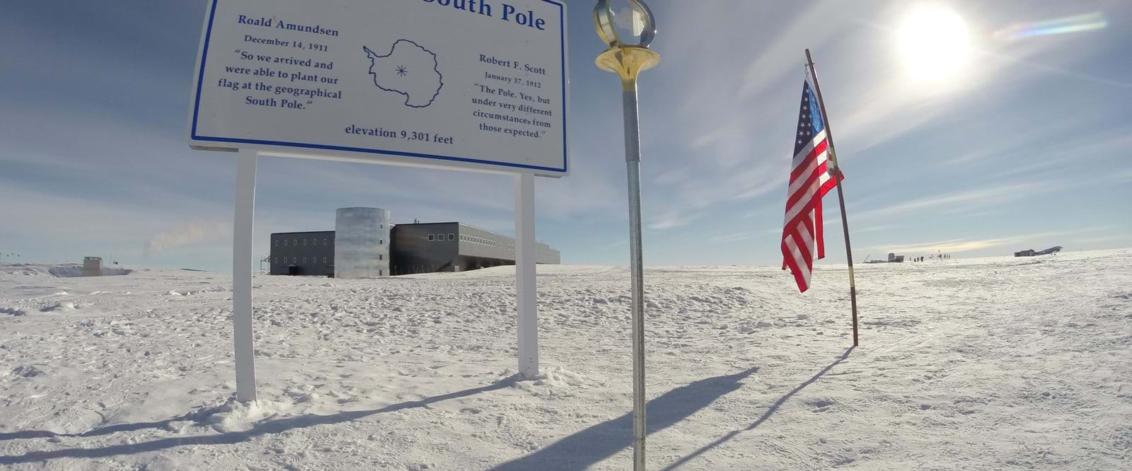 Monument, Geographic South Pole